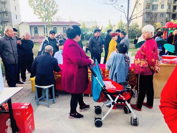 郑州长江中医院免费义诊进社区
