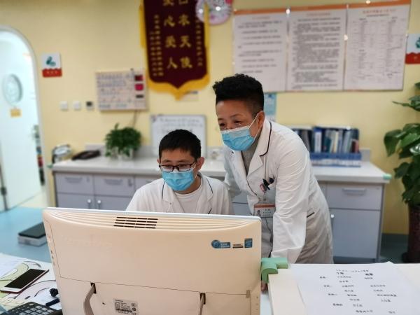 厚德尚道 大医精诚 记北京天使儿童医院王玲医生的一天