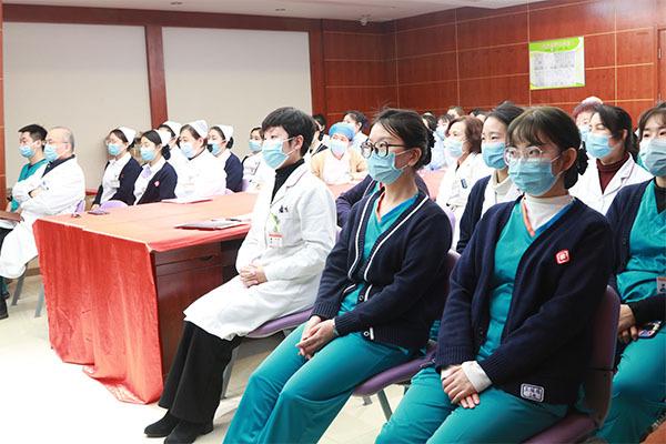 强服务 树形象——北京天使儿童医院礼仪培训,全力以赴寒假就诊高峰!